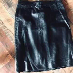 🖤 BCBG Maxazria Black Leather Skirt